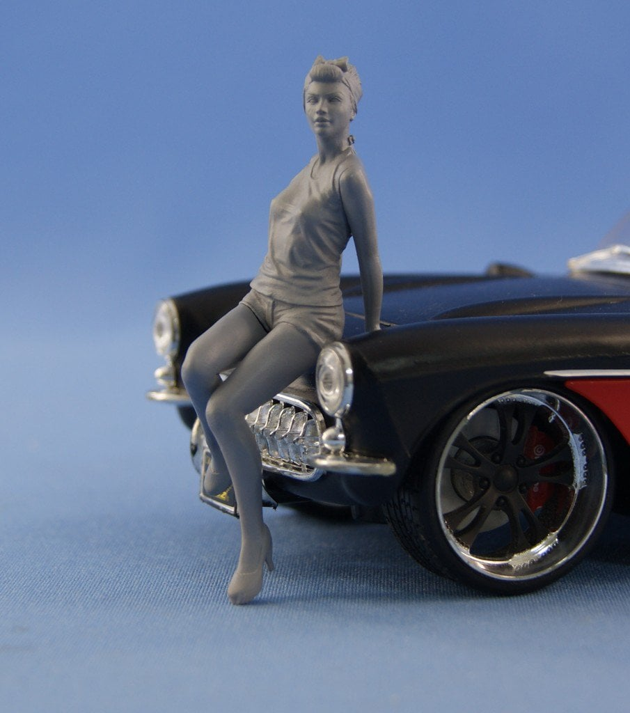 New scale in our catalog – 1/24 resin figures for Car models