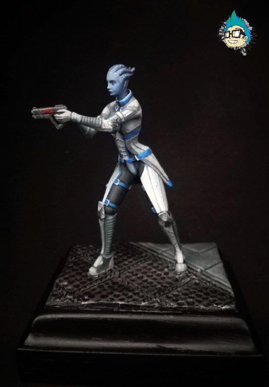 Painted Savior of Galaxy & Alien Girl in 54mm