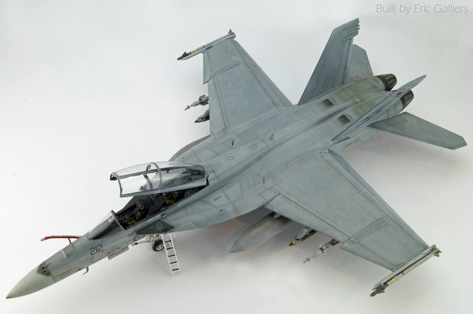 Trumpeter 1/32 Super Hornet, converted to an Aussie F