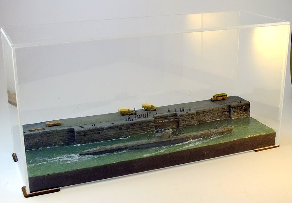 1/350 The output of the submarine U-VIIC from the base of La