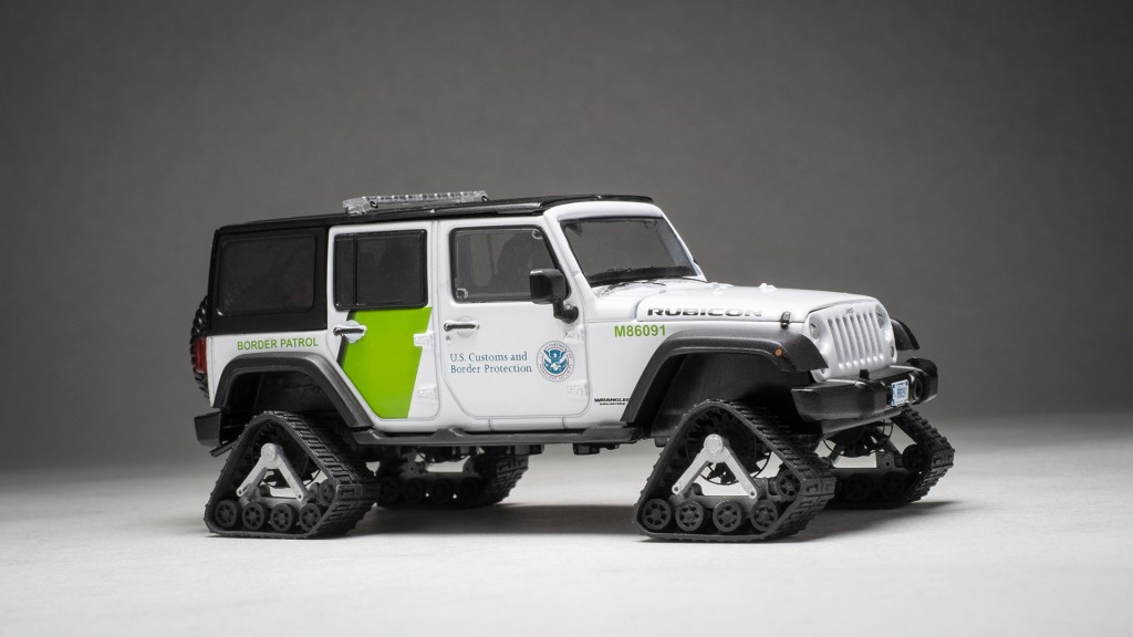 1:43 Jeep Wrangler 4×4 Unlimited U.S. Border Patrol with VGD2500-01 Track System