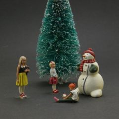 1/43 scale – Happy new Year series Set 2: Kids, Snowman and Xmas tree